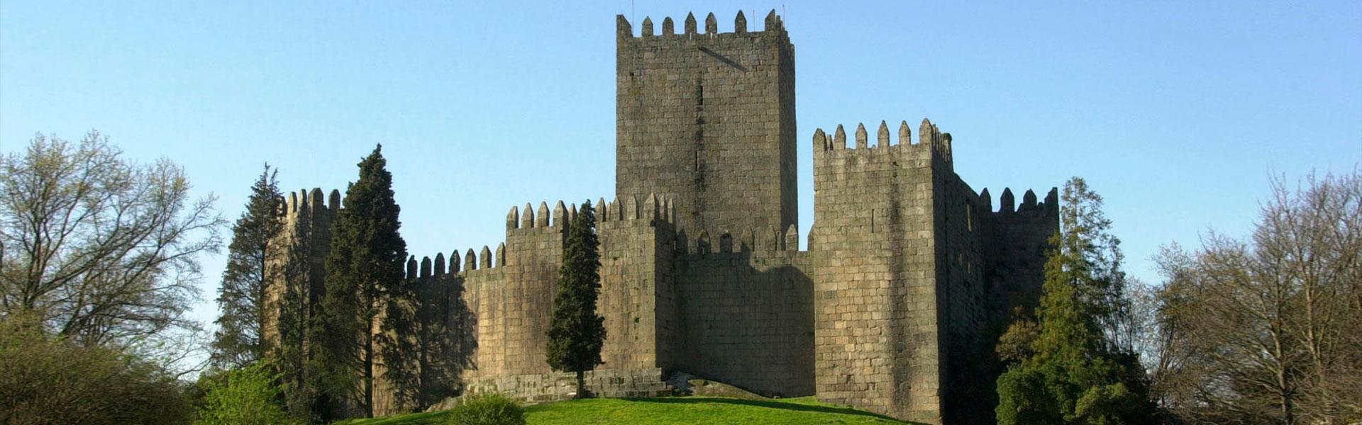 Guimarães Castle pic